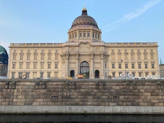 開館を待っているベルリン王宮、フンボルトフォーラム。[写真 フンボルトフォーラムのホームページ]