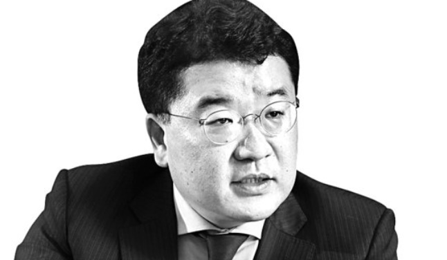 崔鍾建(チェ・ジョンゴン)第1次官
