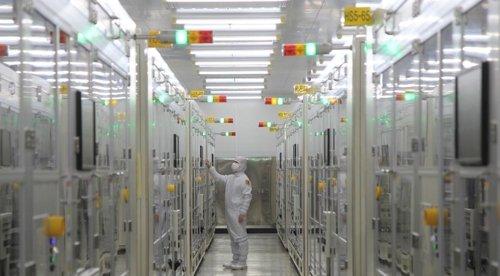 サムスン電機釜山工場のクリーンルーム。[写真 サムスン電機]