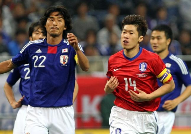 2010年5月、埼玉で行われた親善試合でゴールを決めた朴智星(パク・チソン)[中央フォト]