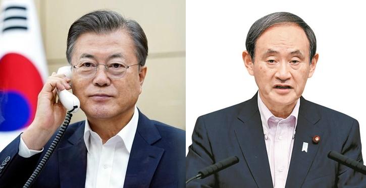 韓国の文在寅(ムン・ジェイン)大統領(左)と日本の菅義偉首相。