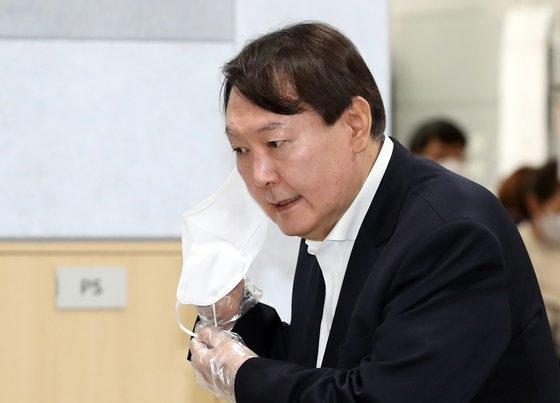 尹錫悦(ユン・ソクヨル)前韓国検察総長 イム・ヒョンドン記者