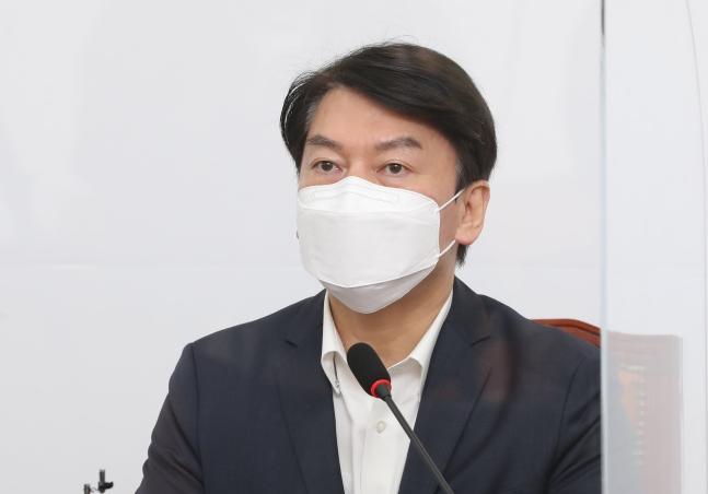 安哲秀国民の党代表[写真 中央フォト]