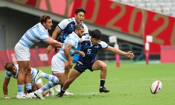 韓国ラグビー代表チームが初めてのオリンピック(五輪)舞台で、本戦3戦全敗という成績で予選落ちした。[写真 東京=オリンピック写真共同取材団]