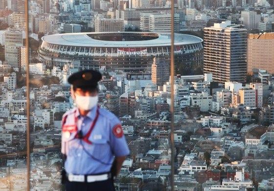 東京渋谷スカイ展望台から眺めたメインスタジアム。[写真 オリンピック写真共同取材団]