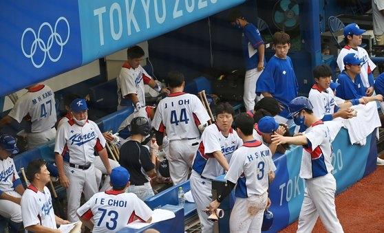 7日に横浜スタジアムで行われた東京五輪野球3位決定戦でドミニカ共和国に10-6で敗れた韓国代表。 横浜=五輪写真共同取材団